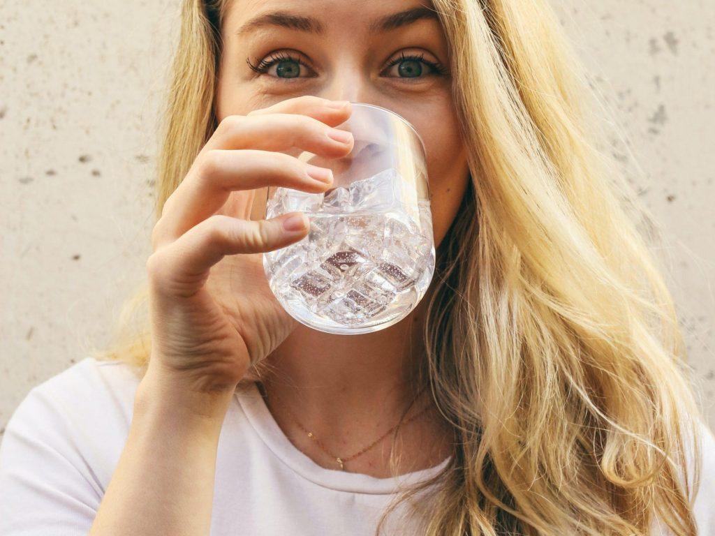 Hydrateren is essentieel voor sporters